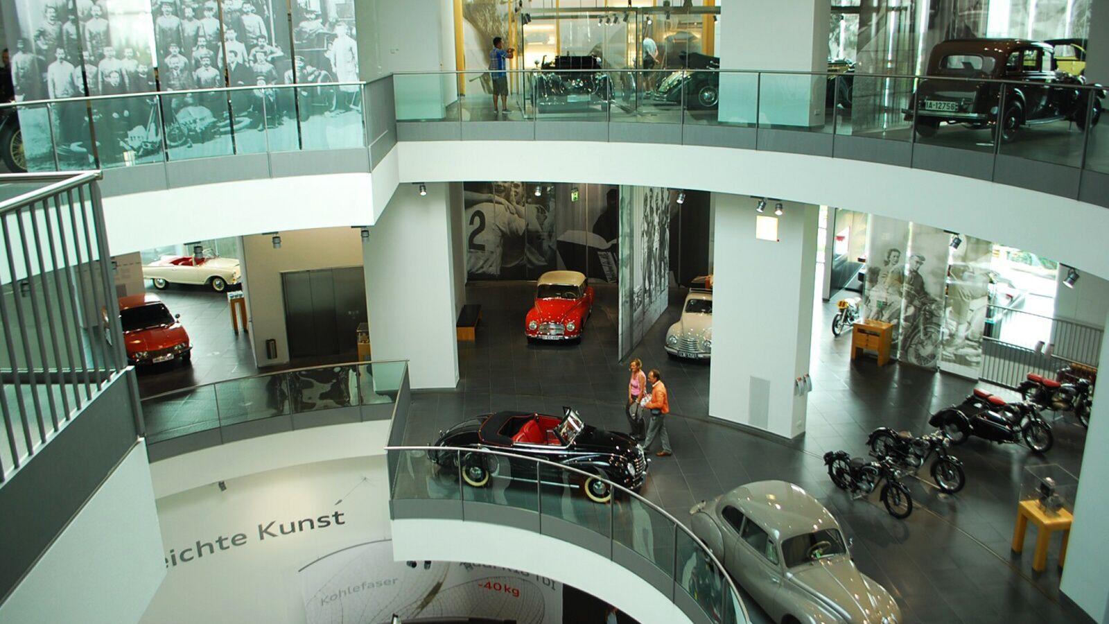 Vnitřek budovy Audi Fora
