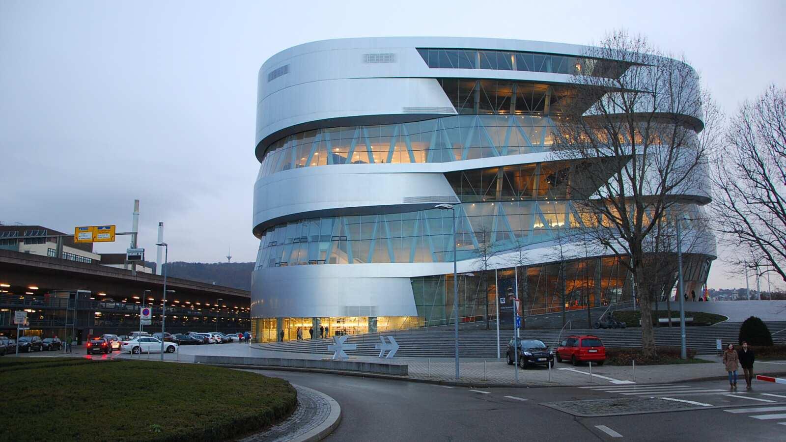 Mercedes-Benz Muzeum Stuttgart (20)