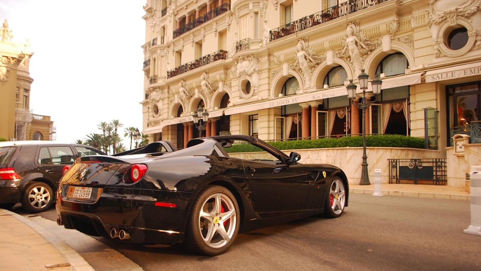 Ferrari 599 SA Aperta v MOnaku