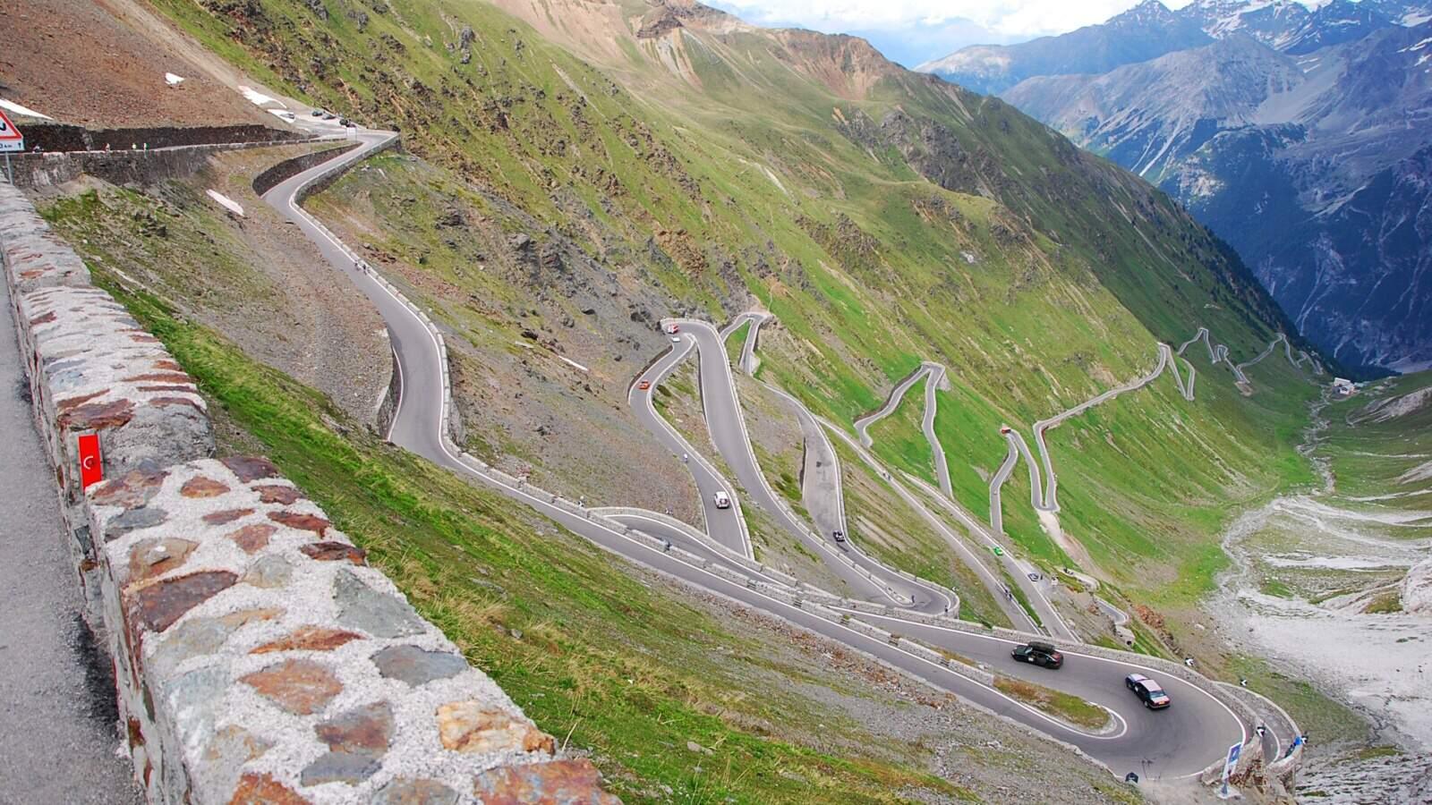 Hledání nejlepší silnice – 4. část: Stelvio a Flüela Pass