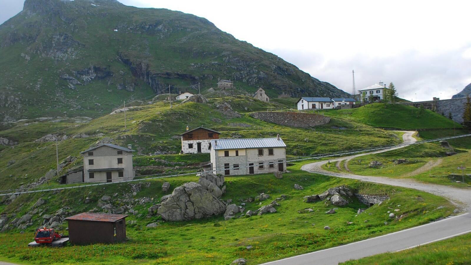 liduprázdná vesnice Stuetta