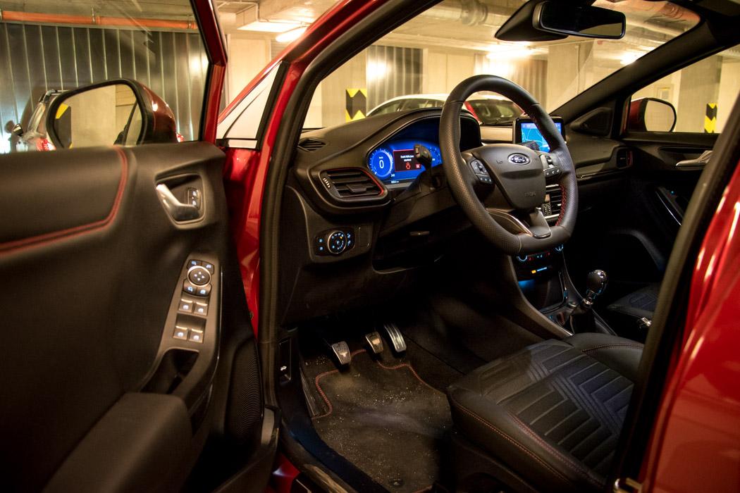 Ford Puma Interier