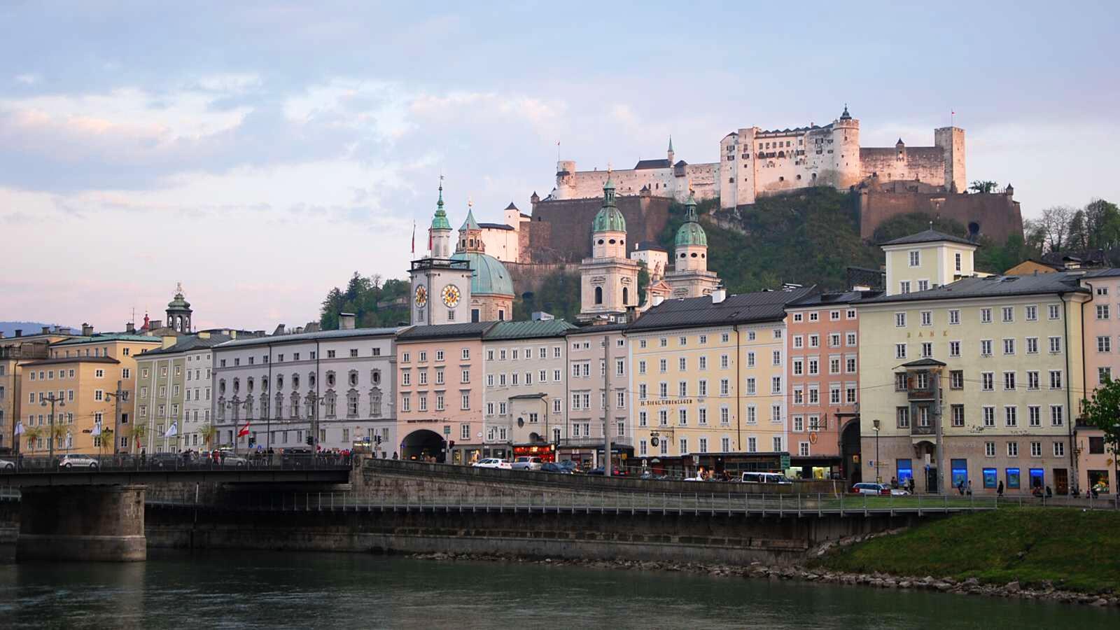 Salzburg a jeho hrad