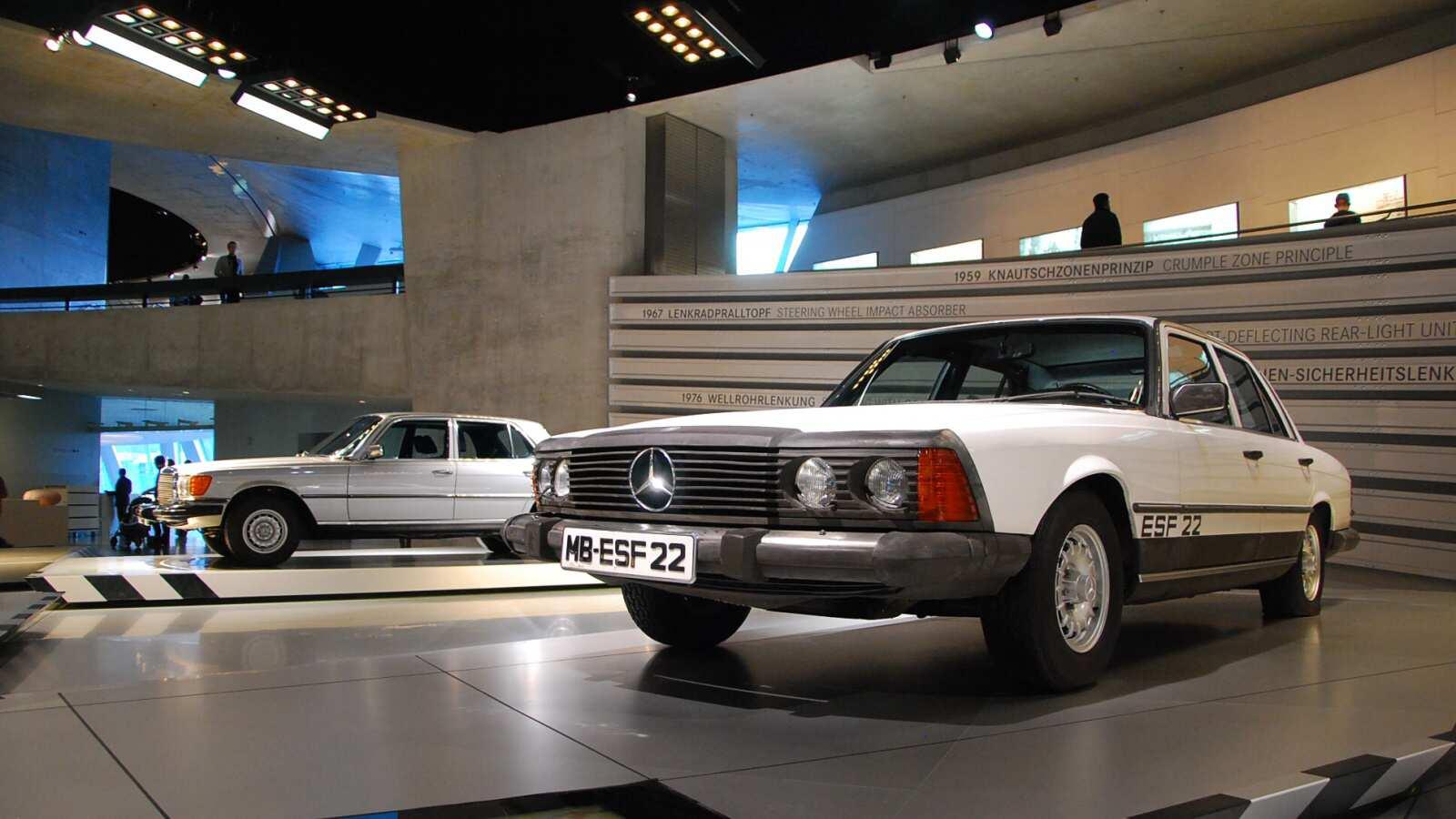 Koncept Mercedes-Benz ESF 22